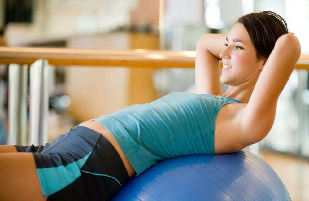 Как правильно заниматься фитнесом дома?