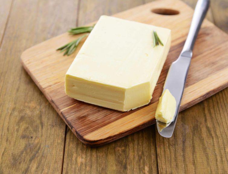 Что полезней - маргарин или сливочное масло?