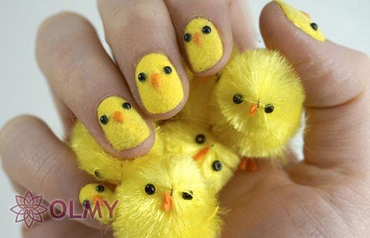 Бархатный маникюр с цыплятами