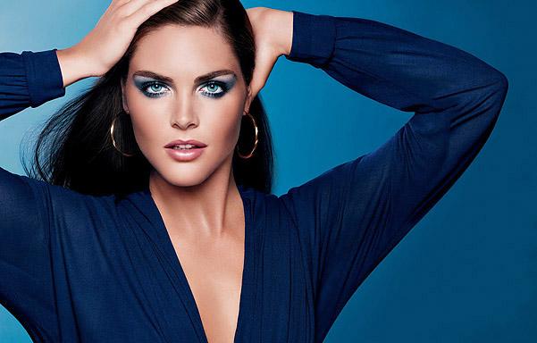 макияж под синее платье