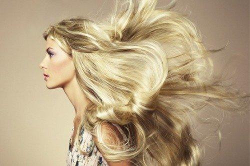 Спреи для придания блеска волосам
