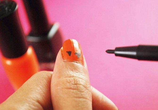 Как нарисовать тыкву на ногтях?