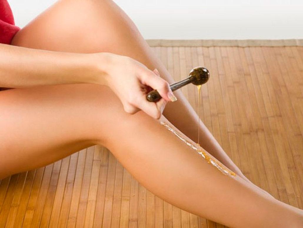 Удаление волос с помощью шугаринга