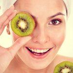 Как ухаживать за кожей лица летом?
