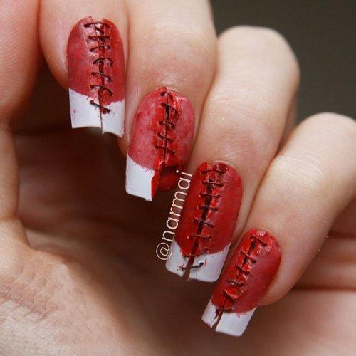 Кровавые ногти на Хэллоуин