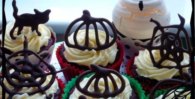 Торты и капкейки с разными вкусами